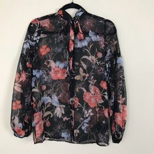 Who Want What  Bow Tie Blouse Long Sleeve Small
